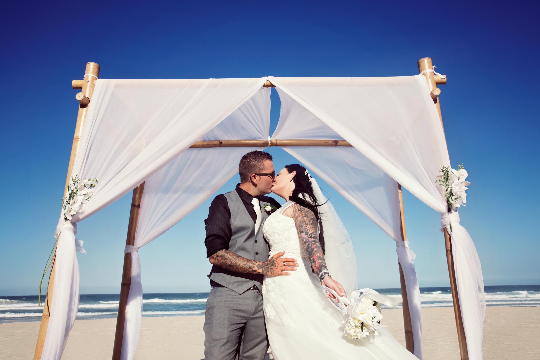 main beach wedding Jarrod Carter