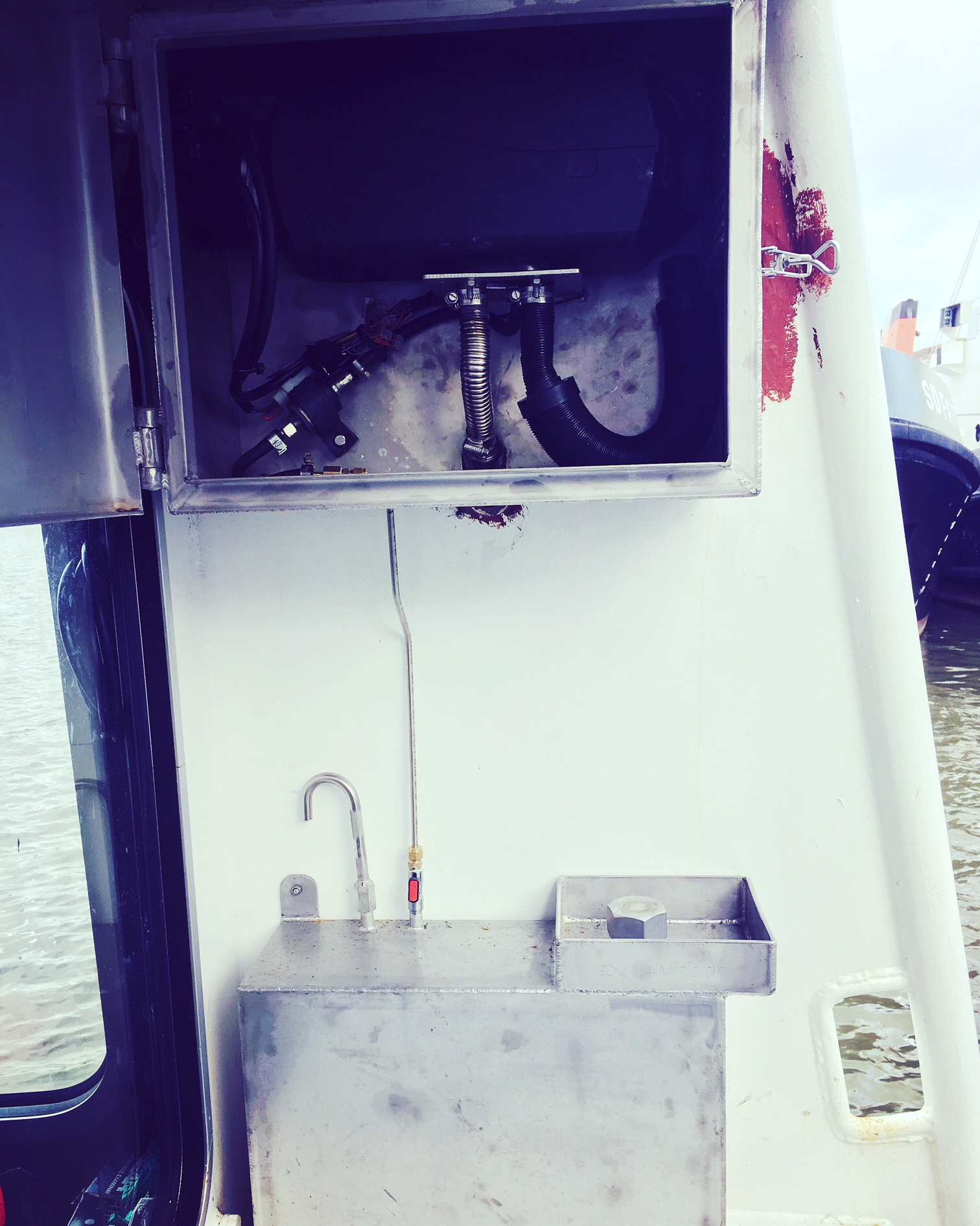 Workboat 4kw demist