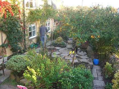 Natural Banbury garden with soft landscaping