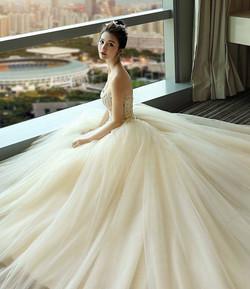 Сватбена рокля Налична