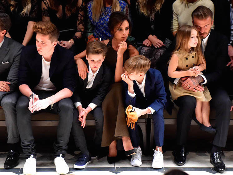 beckhams-burberry-17apr15-05.jpg