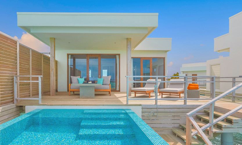 Lagoon Villa with Pool