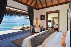 Ocean Villa with Pool 水上泳池別墅