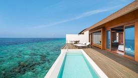 Overwater Villa - Pool