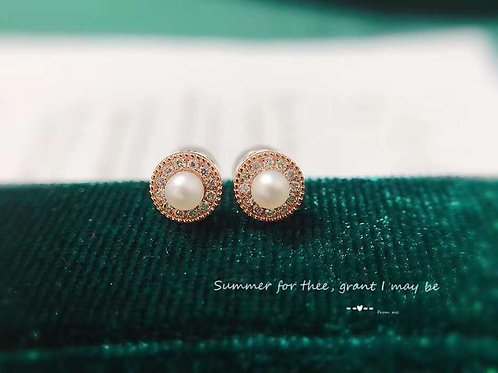 18K Real Gold Natural Pearl Earrings with Diamond