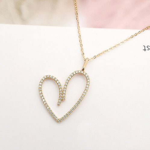 Heart Shape Pendant with Natural Diamond in 18k Solid Gold Necklace