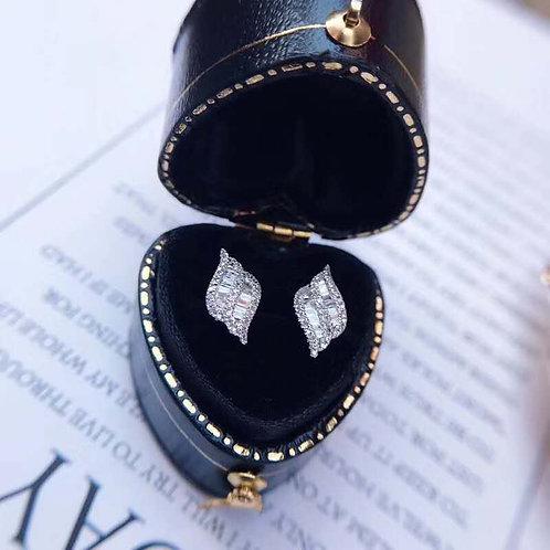 18K Solid Gold Diamond Shape Earrings with Diamond