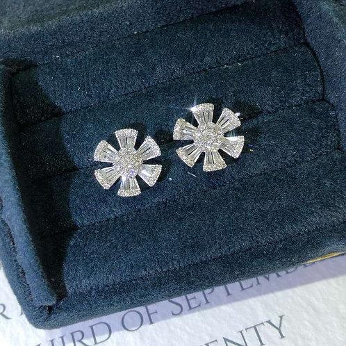 18K Solid Gold Snowflakes Baguette Stud Earrings