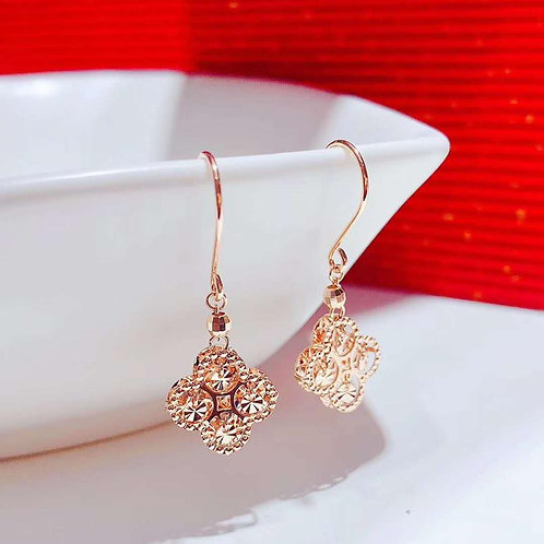 18K Solid Gold Clover Shape Hook Earrings