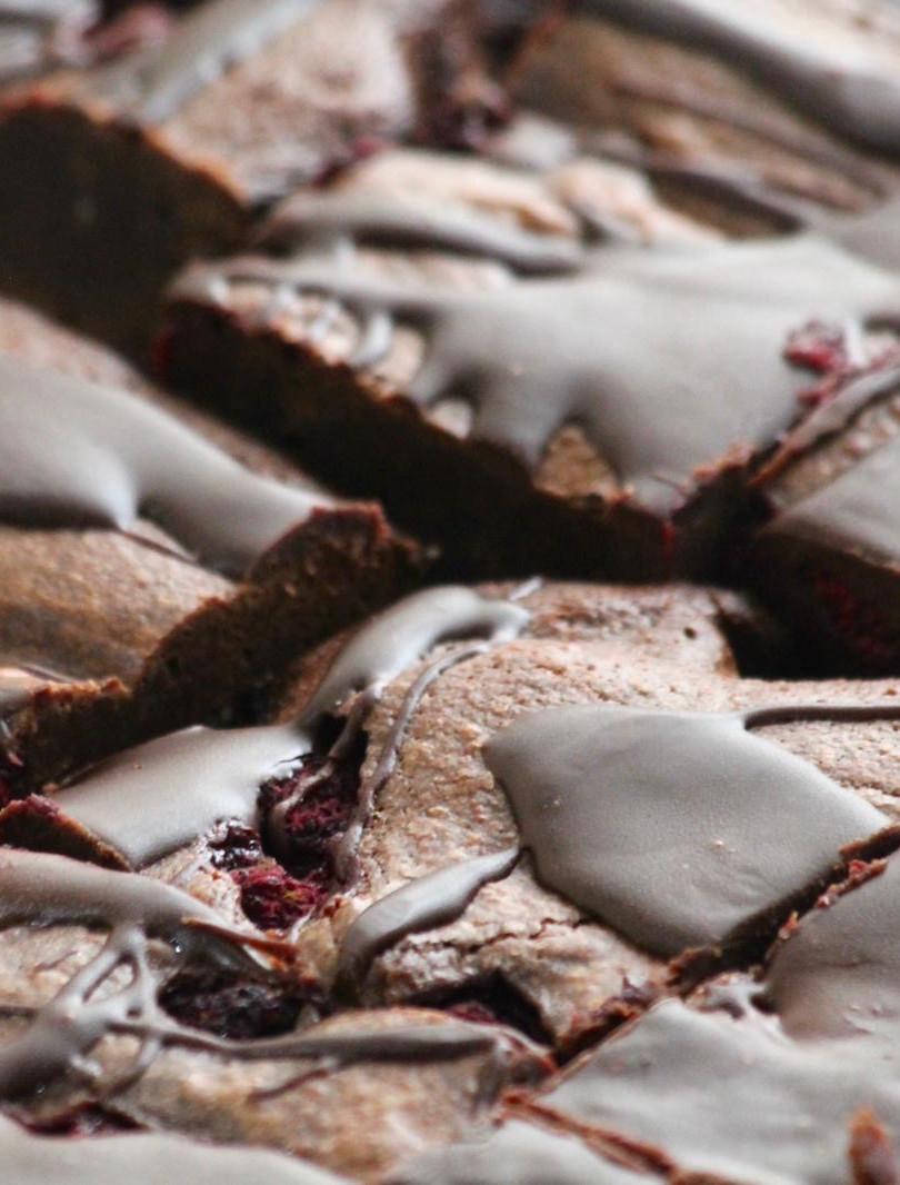 Raspberry brownies.