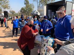 2020.06.21 非總大約堡地區第二次 救濟物資與毛毯發放作業
