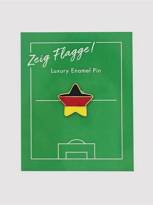 """*SALE* Enamel Pin """"Fußball Fan"""""""