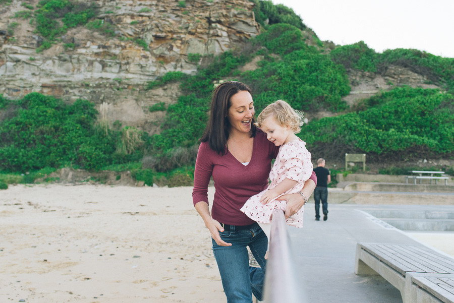 bec-peterson-newcastle-merewether-family-portrait-photographer