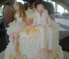 Jason & Cheri Wedding Cake 2_edited.jpg
