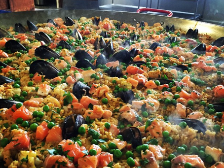 How to make your next party or event a success - hire a Sydney caterer (or Sydney paella caterer!)