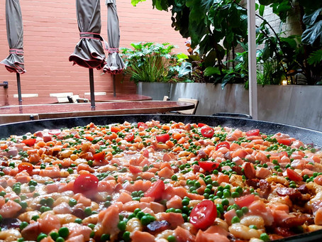 Paella catering Surry Hills – mobile paella catering in the heart of Sydney.