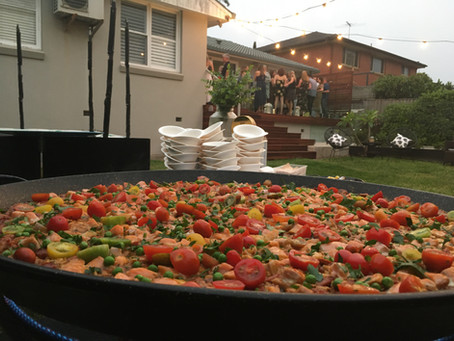 5 elements to consider when hiring a paella caterer in Sydney