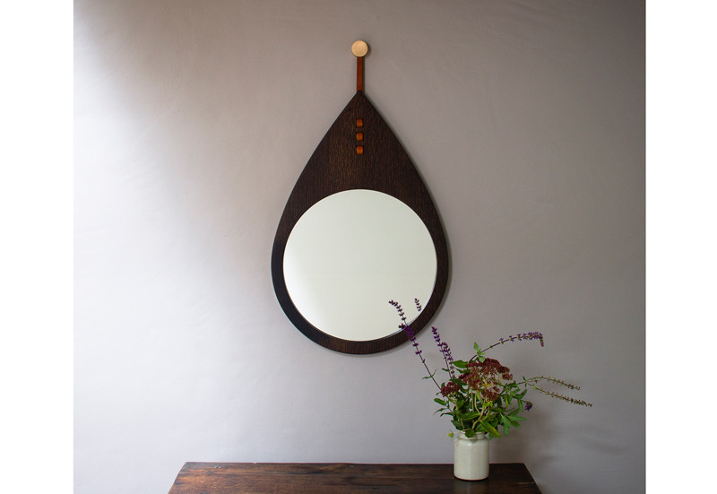 Drop Mirror: Hanging mirror with leather and bronze