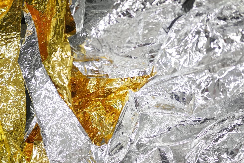 goldene und silberne Knisterfolie