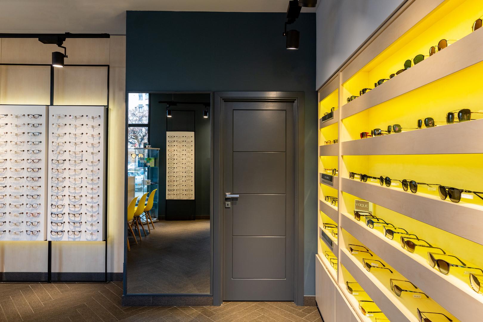 expunere ochelari design interior cluj n