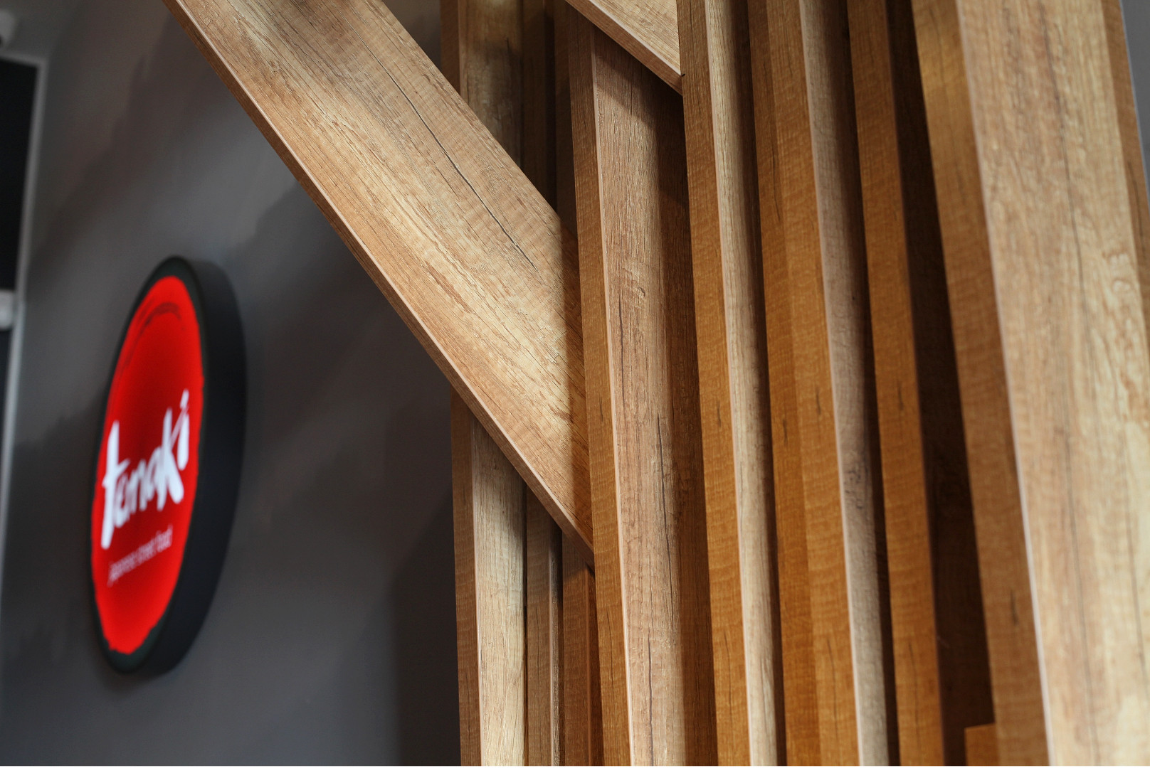 4 design interior temaki sushi cluj napo
