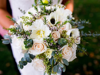Tips from Willow & Thistle: 15 Wedding Flower Mistakes—and How to Avoid Them