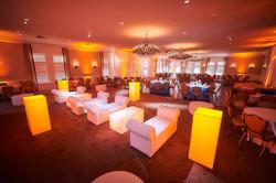 Lounge furniture and uplighting