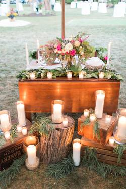 Vintage Farm-style Sweetheart Table