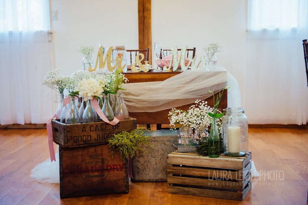 Vintage Farm Style Sweetheart Table