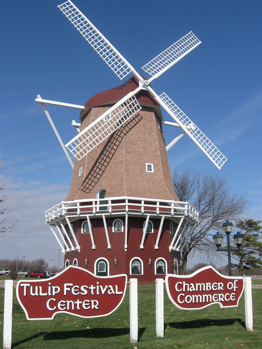 orange city windmill.jpg