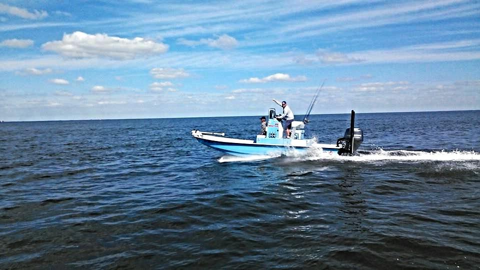Fish on Charters .......jpg 2015-3-22-17:9:0