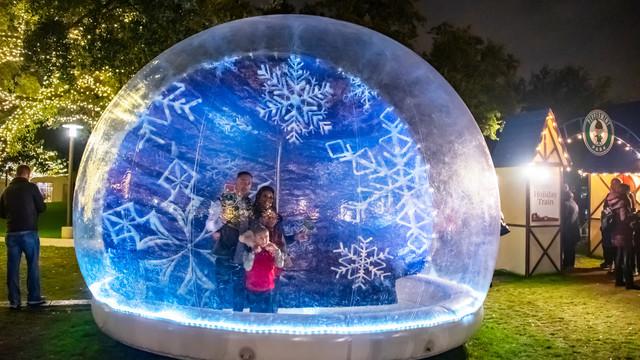 Snow Globe Photos