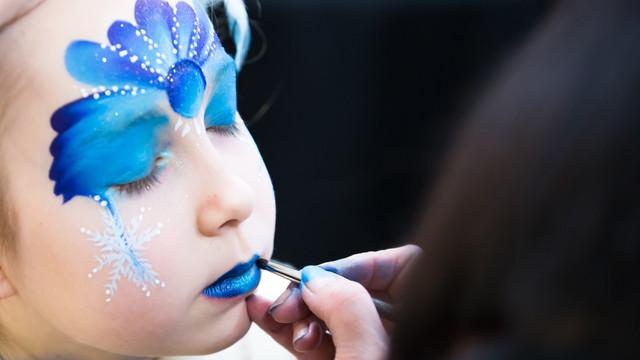 Sparkle Face Painting