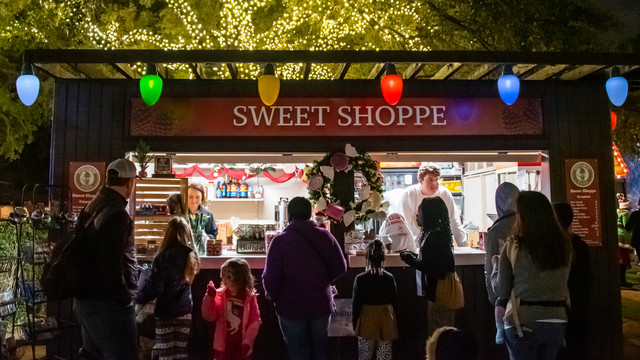 Holiday Sweet Shoppe