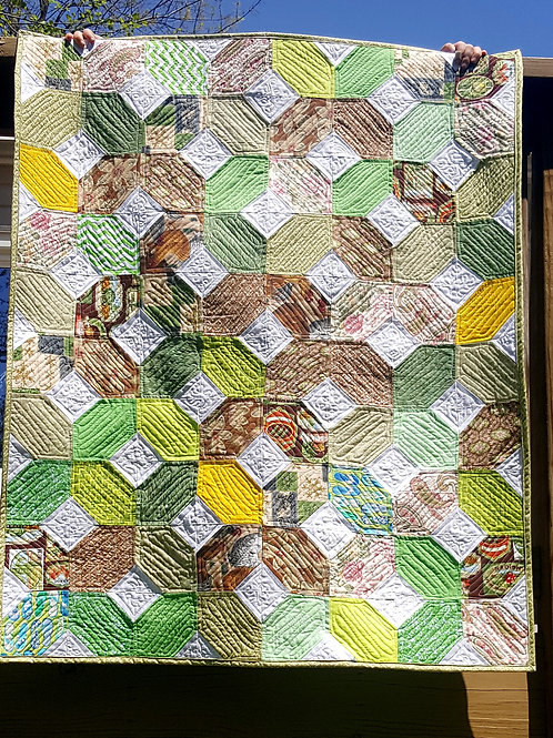 X and O Lap-size Quilt