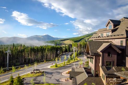 Mountain_resort_©2011_Len_Bishop_201108