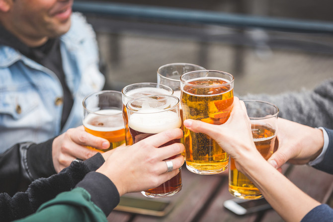 3 REASONS WHY ALCOHOL AFFECTS YOUR ANXIETY.