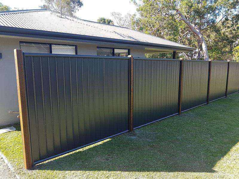 Colorbond Fence.jpg