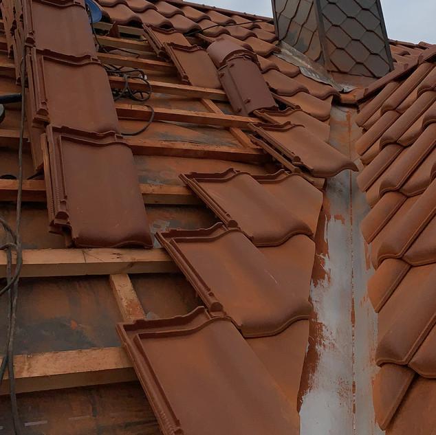 Schornsteinkopfsanierung Schieferplatten Schornsteinsanierung