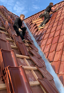 Ziegeldach Dach eindecken