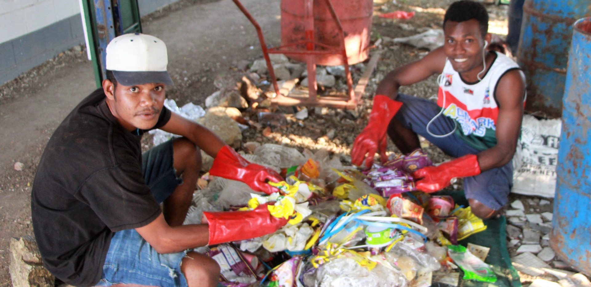 Hezron Benson and Allan Mong sorting dif