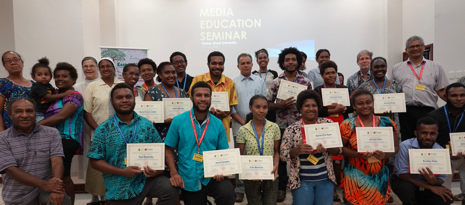 1 Presentation - Participants with their
