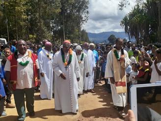 Cardinal Visits Diocese of Wabag