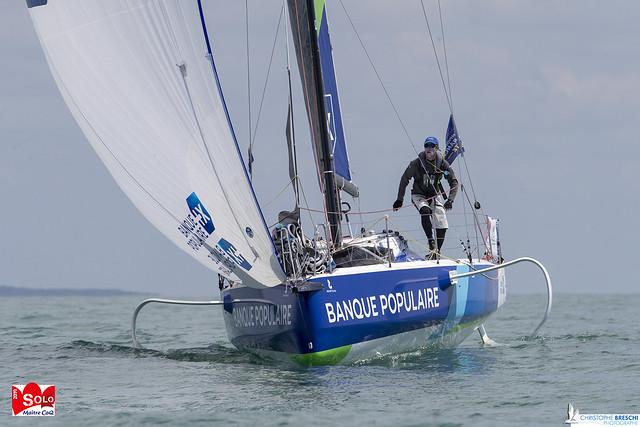 Armel Le Cleac'h termine second de la 1ère course côtière