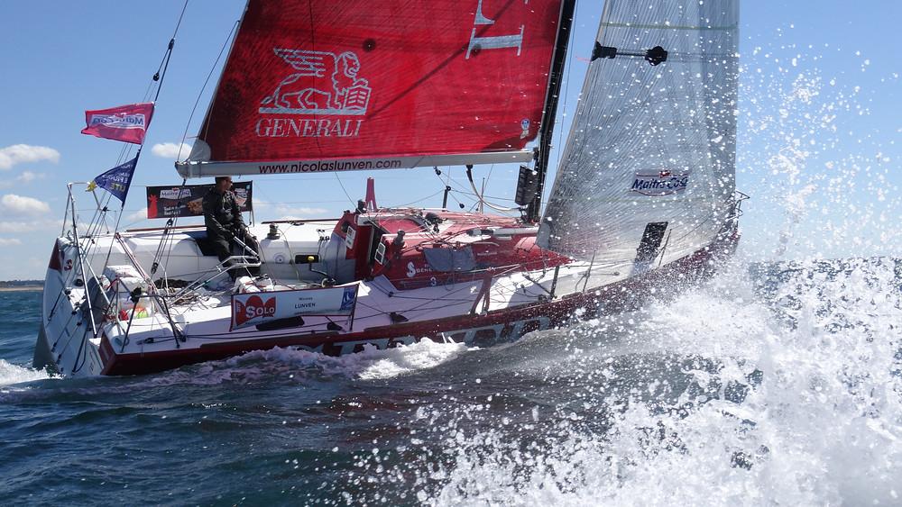Après 2010 et 2011, le skipper de GENERALI réalise un exploît en remportant la grande course et le général de Solo Maître CoQ 2017