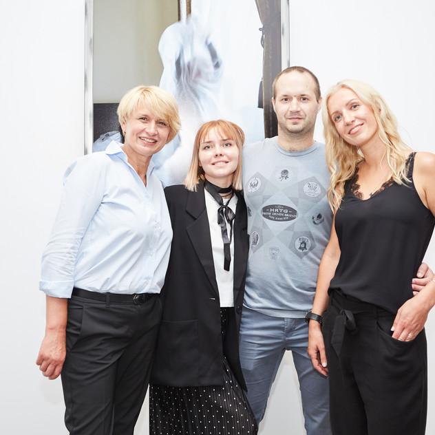 Лена Альтшуль с мамой и братом