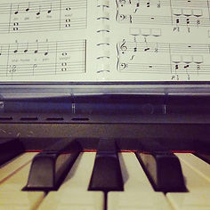 A relaxing piano practice while prepping