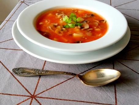 Zupa pieczarkowa z soczewicą (229 kcal)