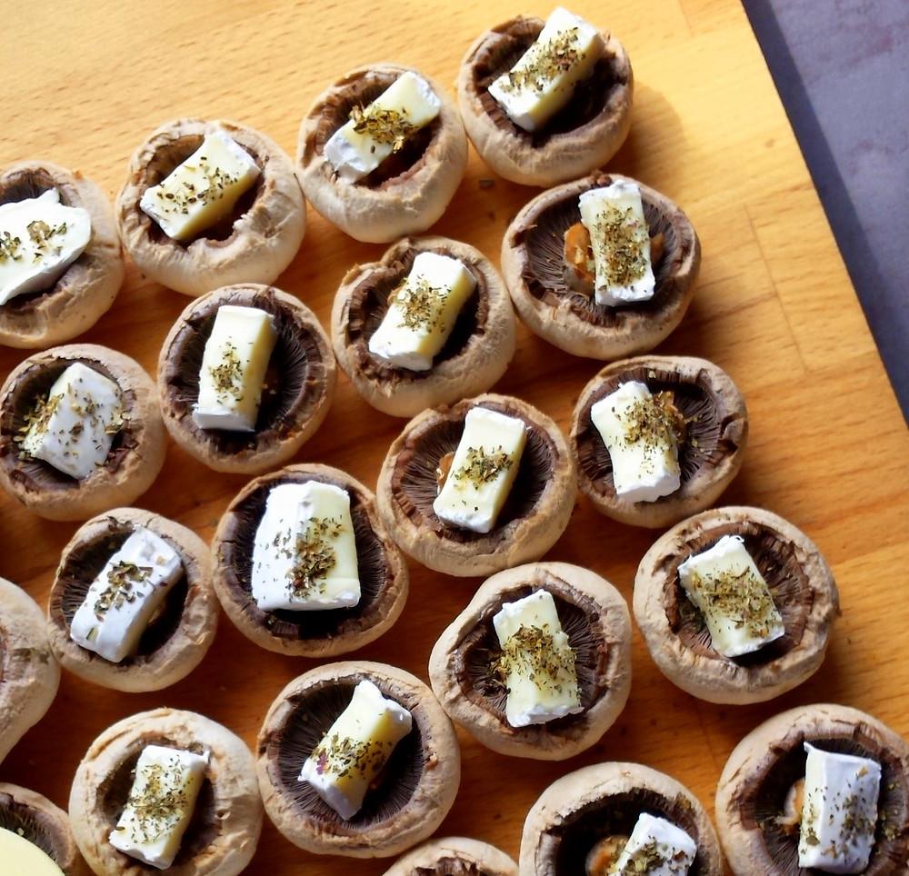 Grillowane pieczarki z Camembertem