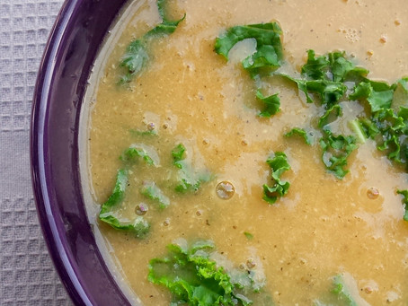 Zupa krem z soczewicy z jarmużem (327kcal)